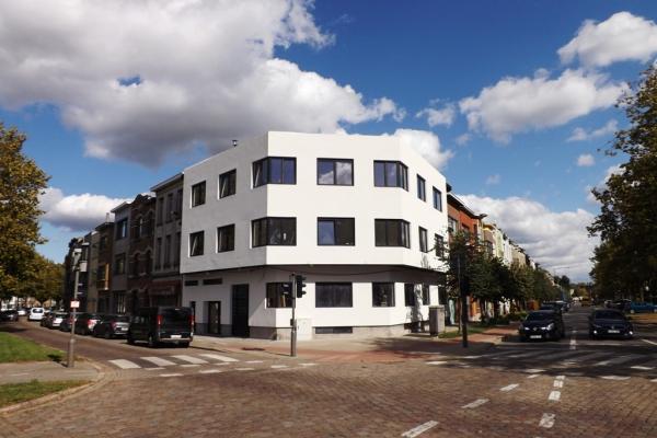 Renovatieproject op goede locatie te Deurne-Zuid
